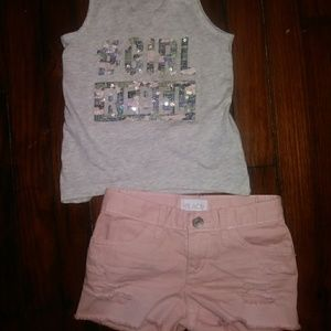 Children's Place size 4 Outfit